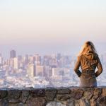 【香港・現地採用の体験談】給料・生活スタイルの本音に迫る【取材】